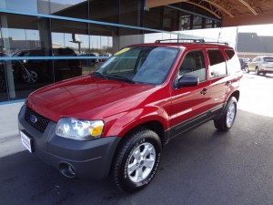 ford escape suv xlt 2005 burgundy