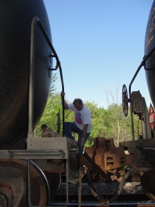 climbing train cars train hopping